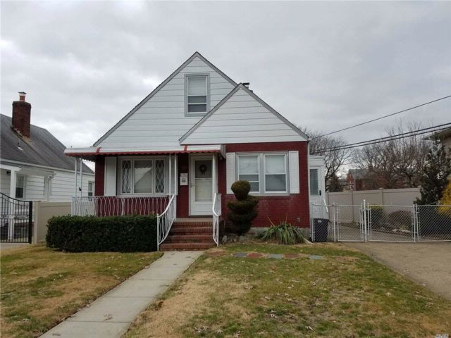 4 BR,  1.00 BTH  Cape style home in Elmont